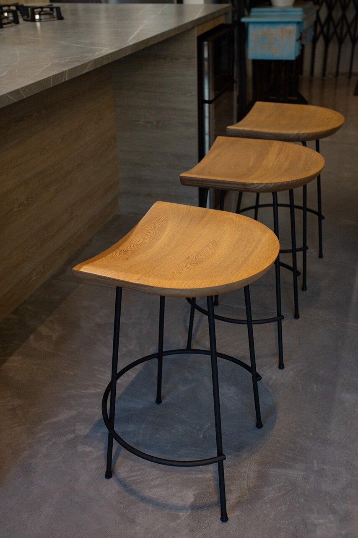 silla-de-barra-cannes-espacio-blanco