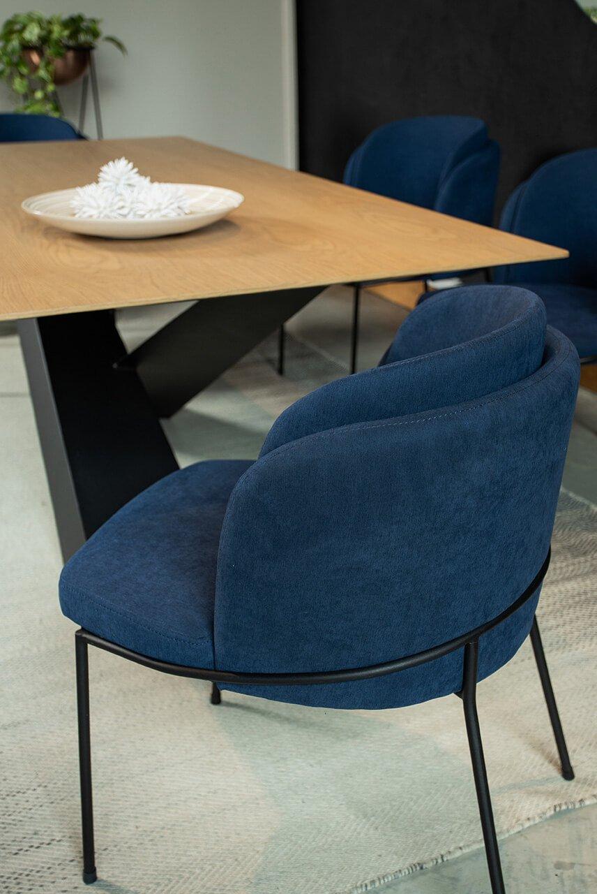 silla-y-mesa-de-comedor-roma-espacio-blanco